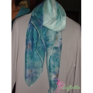 http://www.merceriaraffaella.it/negozio/750-3974-thickbox/foulard-in-seta.jpg
